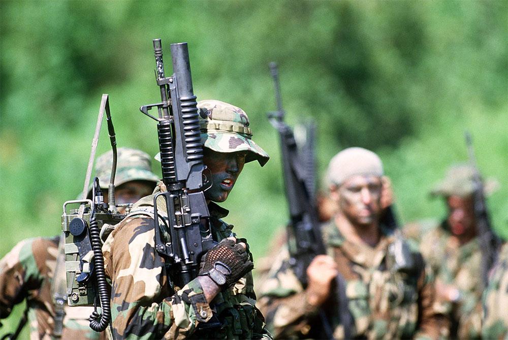 US Navy Seals in warfare training, 1987
