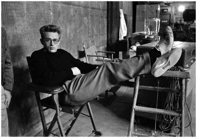 James Dean Feet Up 1955 Photo Phil Stern Web