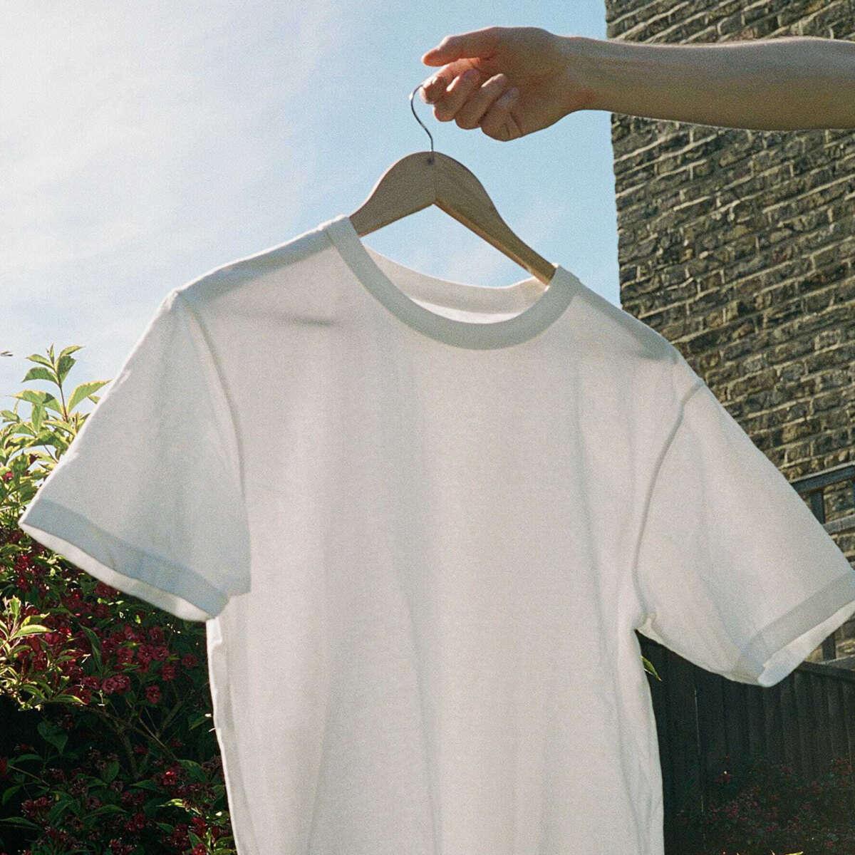 Uniqlo Suplima Cotton White T Shirt